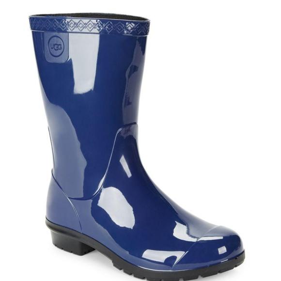 5a5cb057e09 UGG Girl s Raana Rubber Rain Boots Blue Jay Sz 13